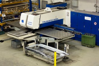 Trumatic TC 600L - Laser Press; sheet metal 1250 x 2500 mm, up to 8mm; press up to 220 kN.